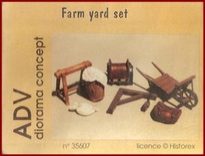 35607 Farm Yard Set